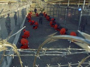 mỹ tra tấn tù nhân